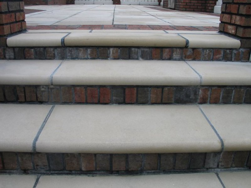 Stone stair treads