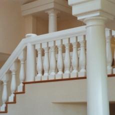 18-interior-balustrade-curved-stair-columns-smooth